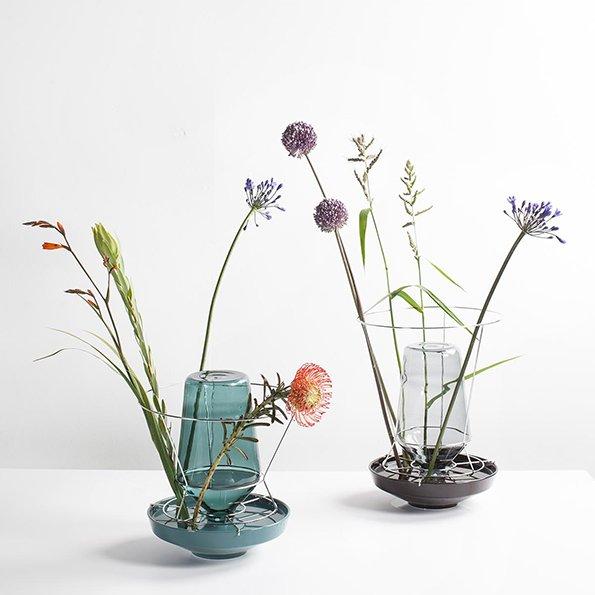 Chris Kabel f Valerie Objects Hidden Vase darkgreen black