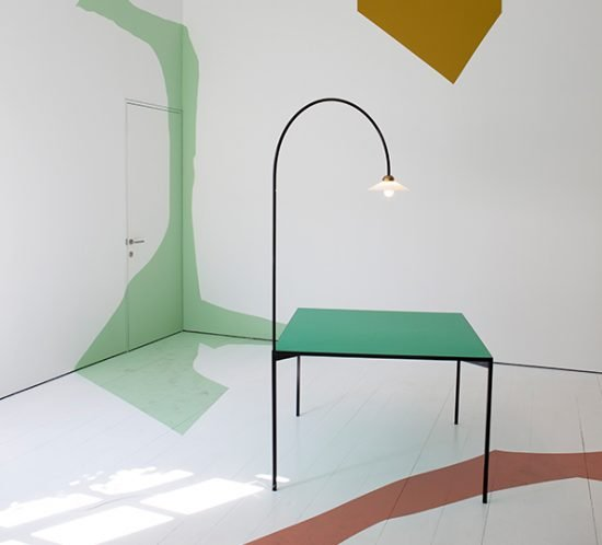 Table + Lamp von Muller van Severen