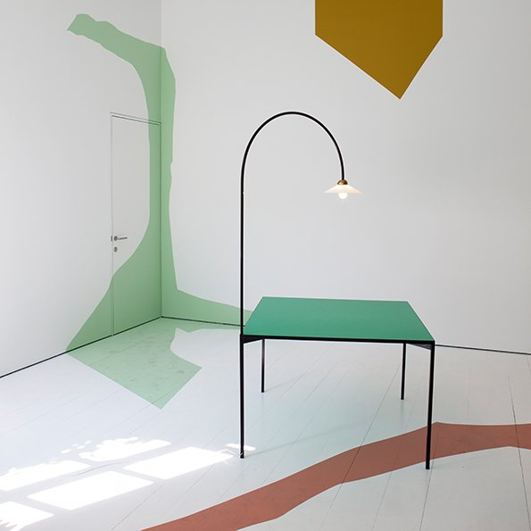 Table + Lamp von Muller van Severen