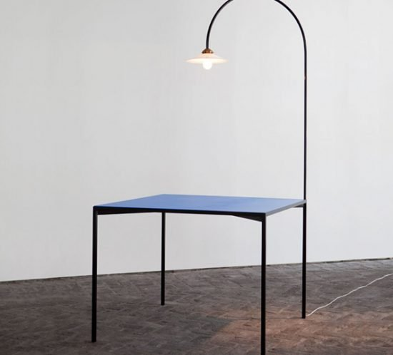 Muller van Severen table+lamp blau